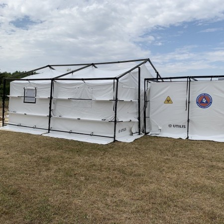 A new type of tent for the Colombian civil protection